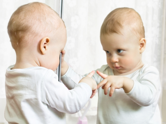 ensaya tus posturas frente al espejo