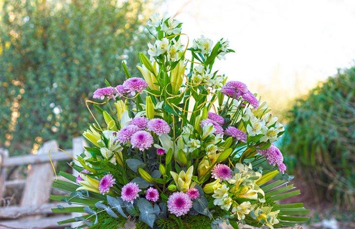 Flores-verdes-violetas-y-amarillas-mini