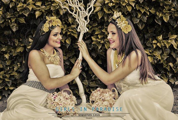 dos chicas en el paraíso