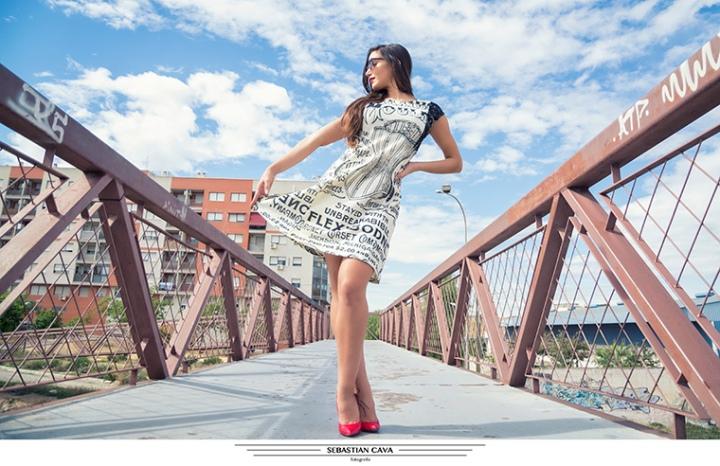 Fotografía moda estación alcantarilla